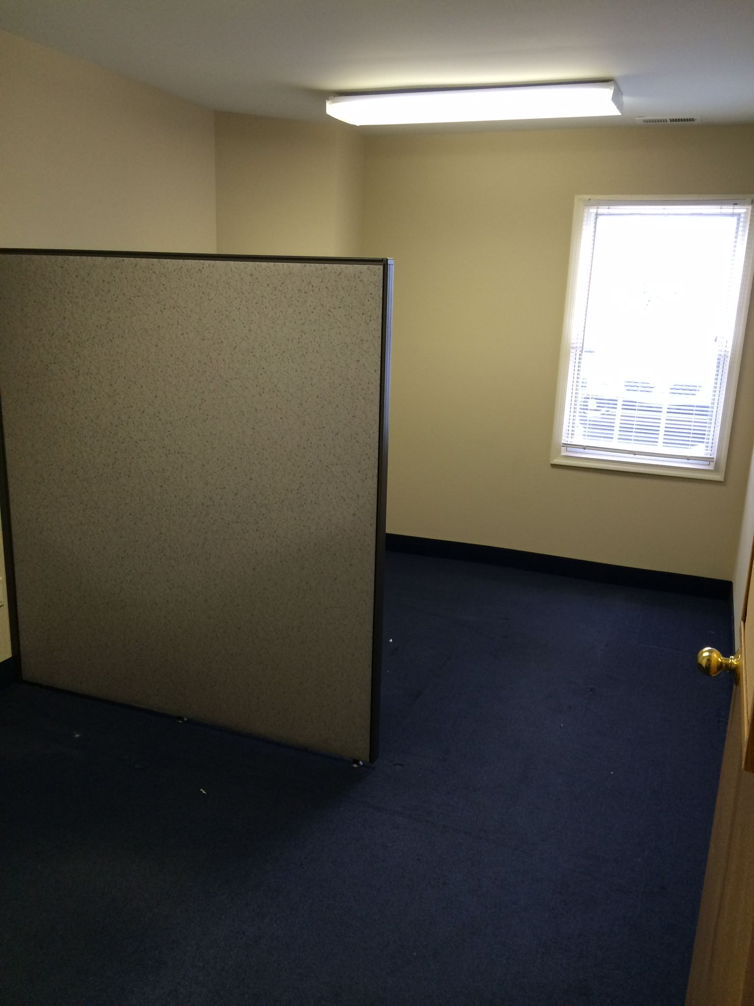 office suite 305-leased